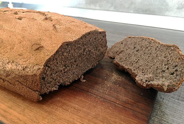 100 % Ajdov kruh s hrustljavo skorjico