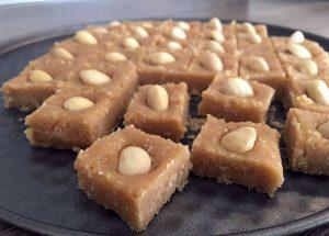 Kokosove kocke z mandlji (Raffaello)