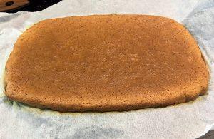 Univerzalni biskvit (Brez moke)