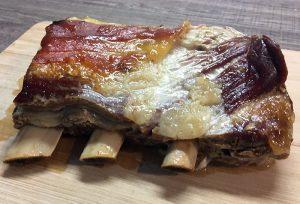 Telečja (goveja) rebra v pečici